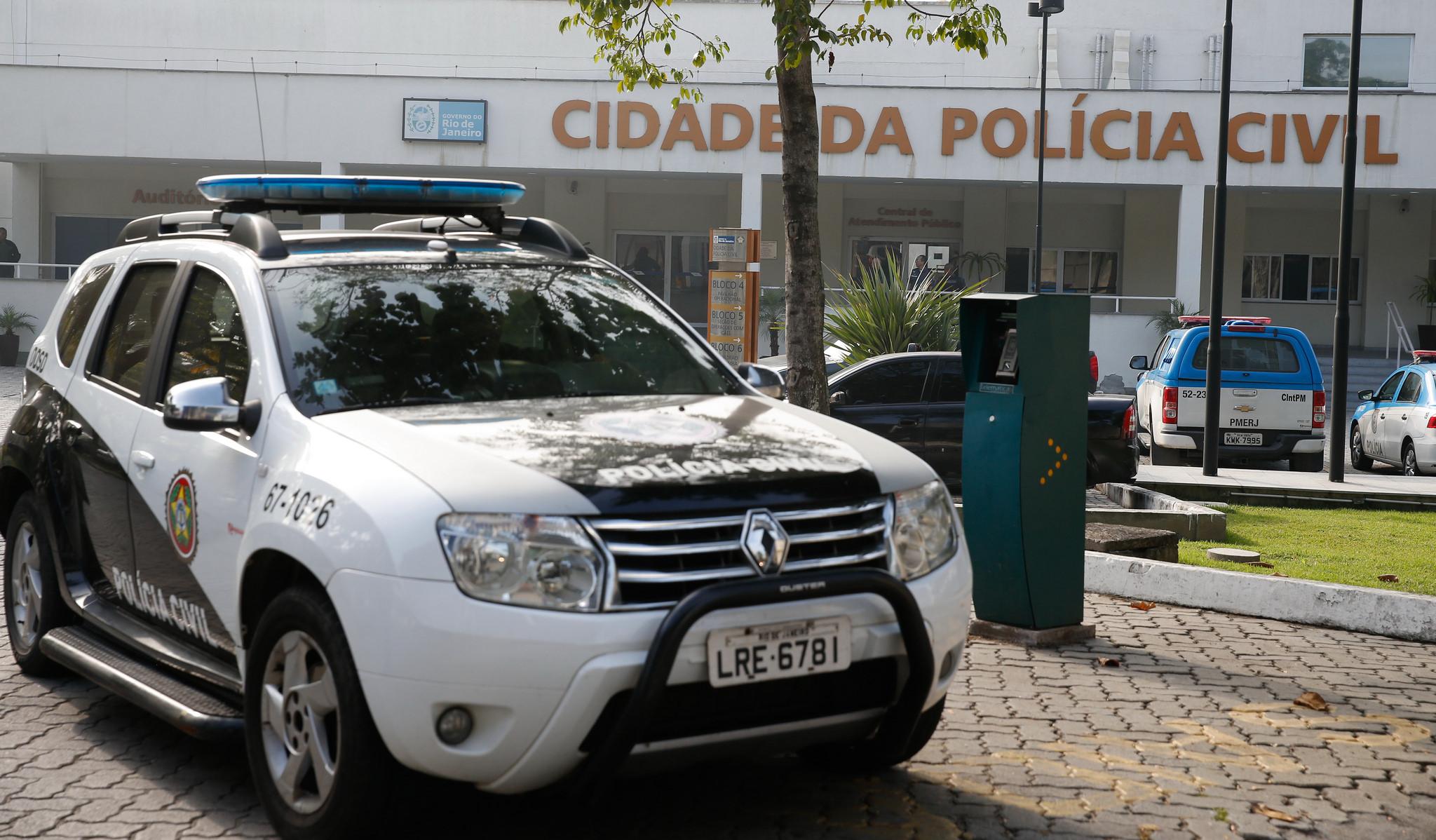 Concurso PC RJ: governador anuncia 1000 vagas
