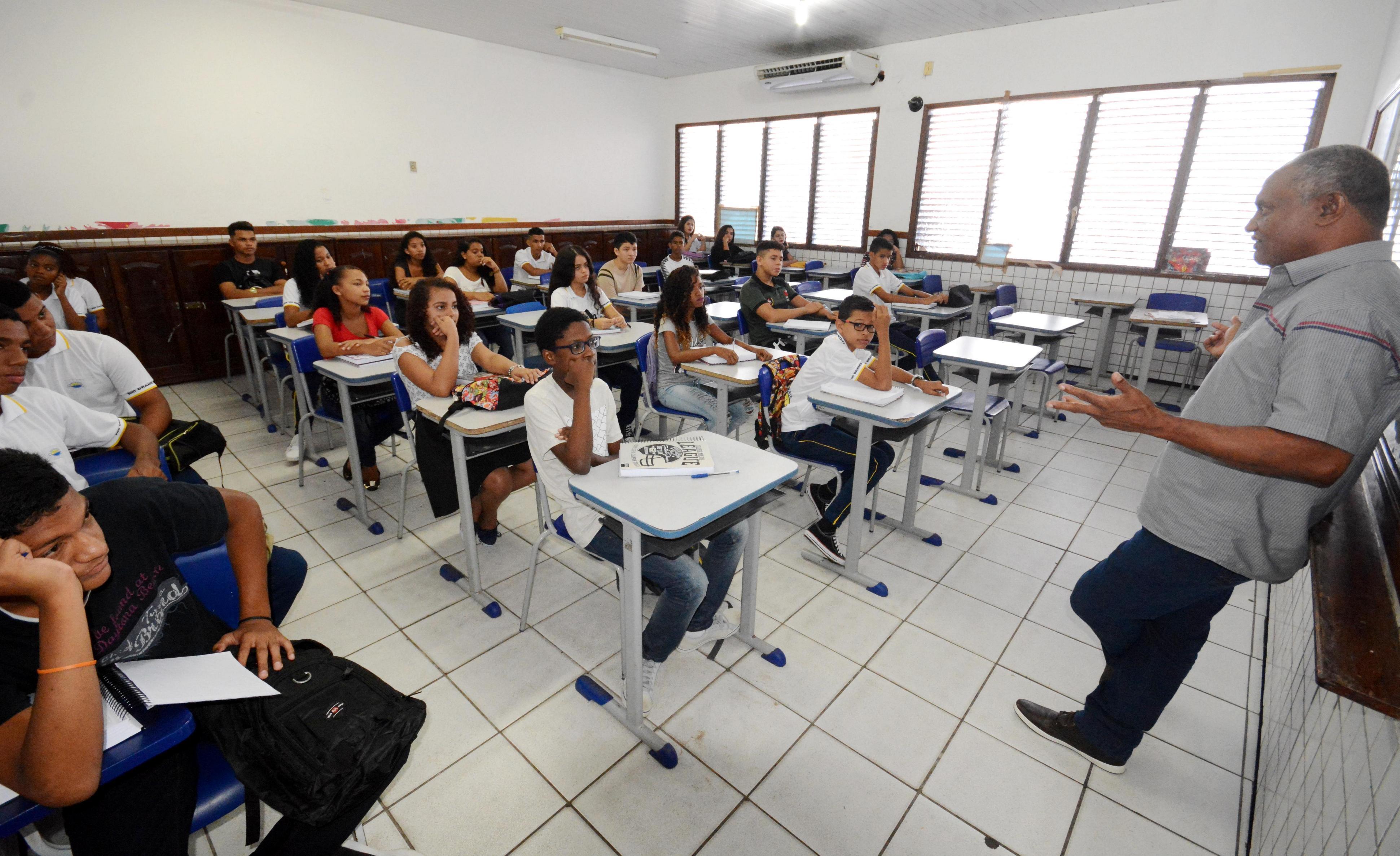 Imagem Novo governo continua trabalhando no Concurso Seeduc-RJ