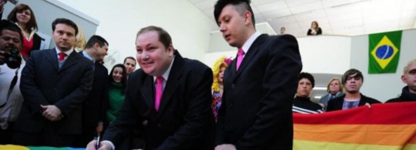 Concurso Público: 10 anos do reconhecimento do casamento homoafetivo