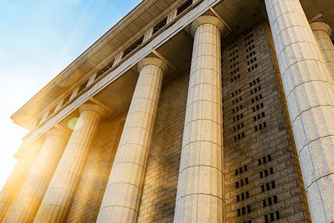 Quebrando a Banca - Tribunais (FCC & Cespe Unb)